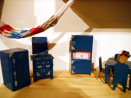 Brazilian dollhouse, complete with its rede, or hammock